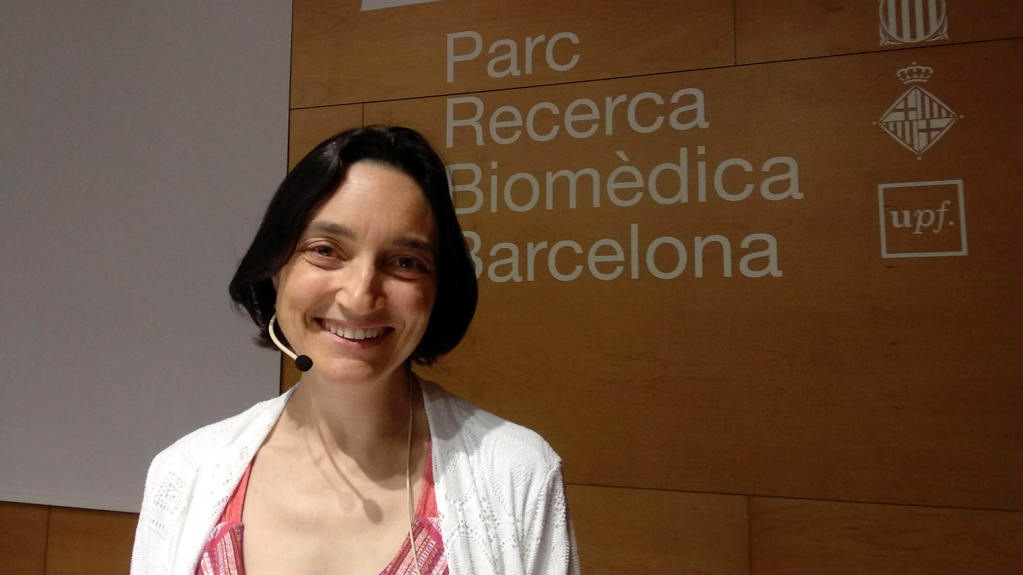 Amaya Moro Martín talks about the future of science in Spain at the PRBB Auditorium.