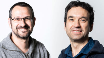 From left to right, Tomàs Marquès-Bonet and Salvador Carranza, former and new IBE director, respectively.