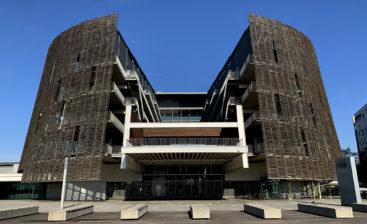 El edificio del PRBB, fotografiado por Xavi Ruiz durante el confinamiento.