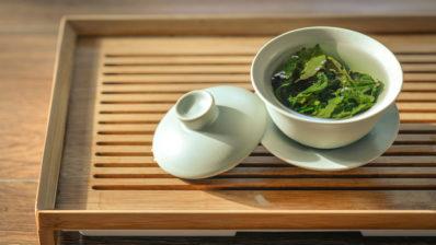 El EGCG, una sustancia del extracto de té verde, beneficiosa para la cognición en el Síndrome de Down. Foto de Jia Ye para Unsplash