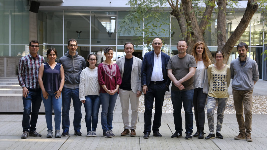 GRIB & DCEXS-UPF members that have studied the behaviour of users with depression through their tweets. Ángela Leis & Ferran Sanz (third and fifth on the right side)