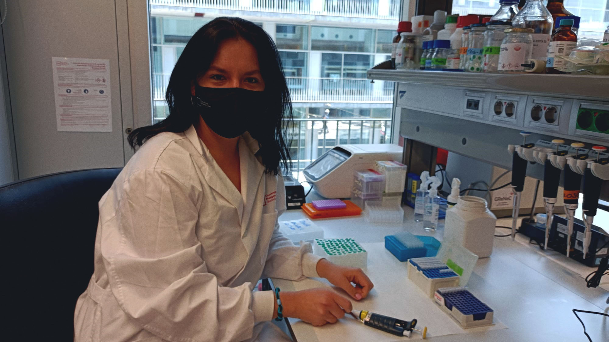 """Adriana Castro (DCEXS-UPF): """"The girls and boys in the class applauded me for being the first scientist in my family"""""""